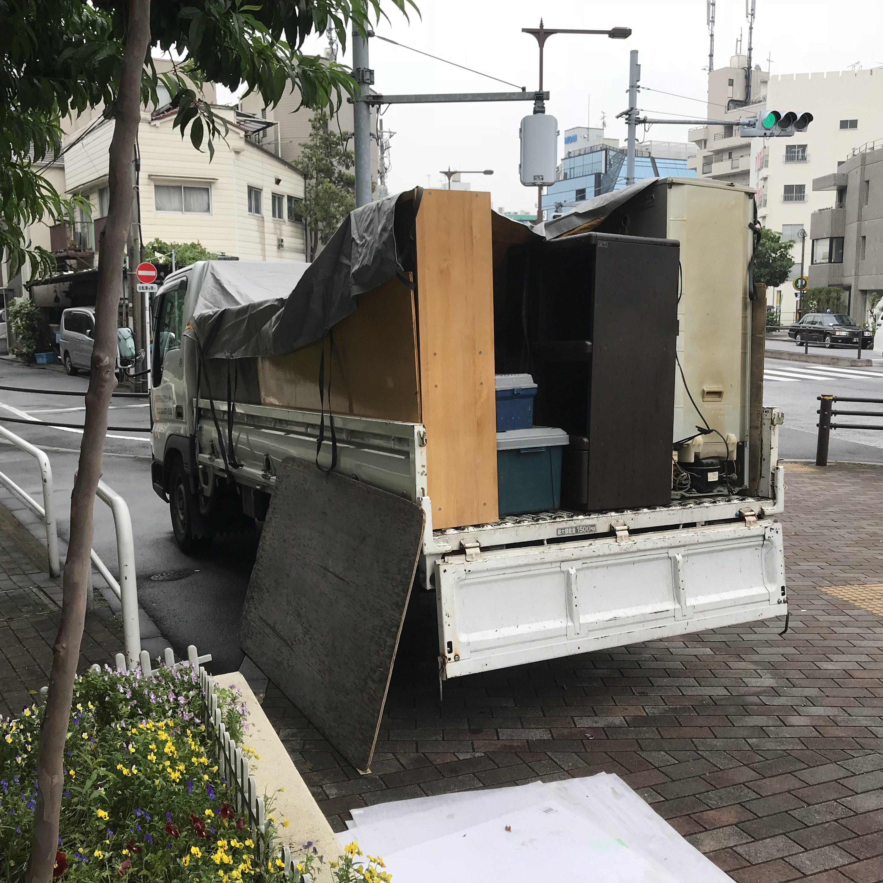 東京都新宿区 不用品(冷蔵庫、洗濯機、棚など)回収