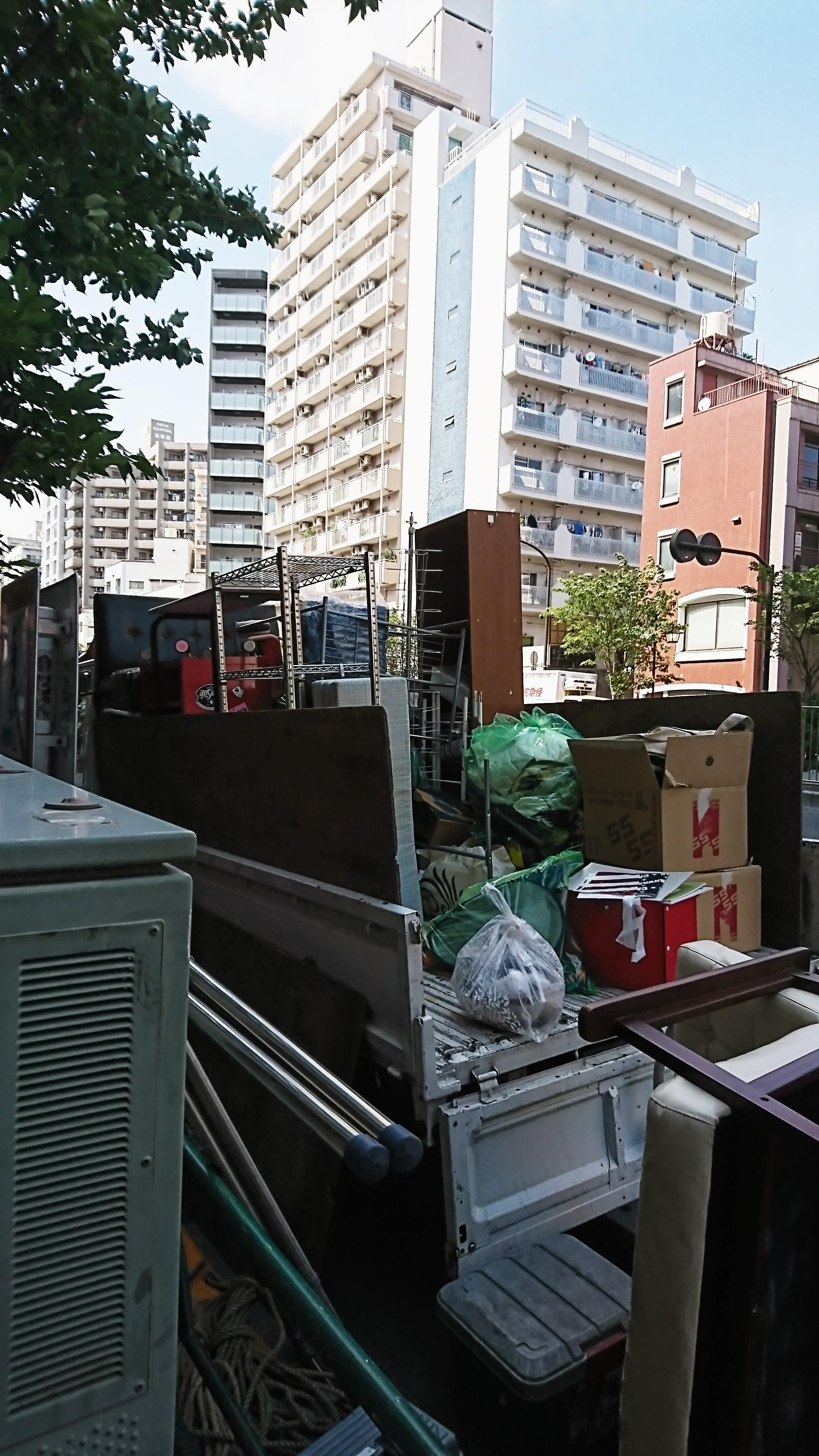 東京都福生市 屋根裏 選別 不要品回収