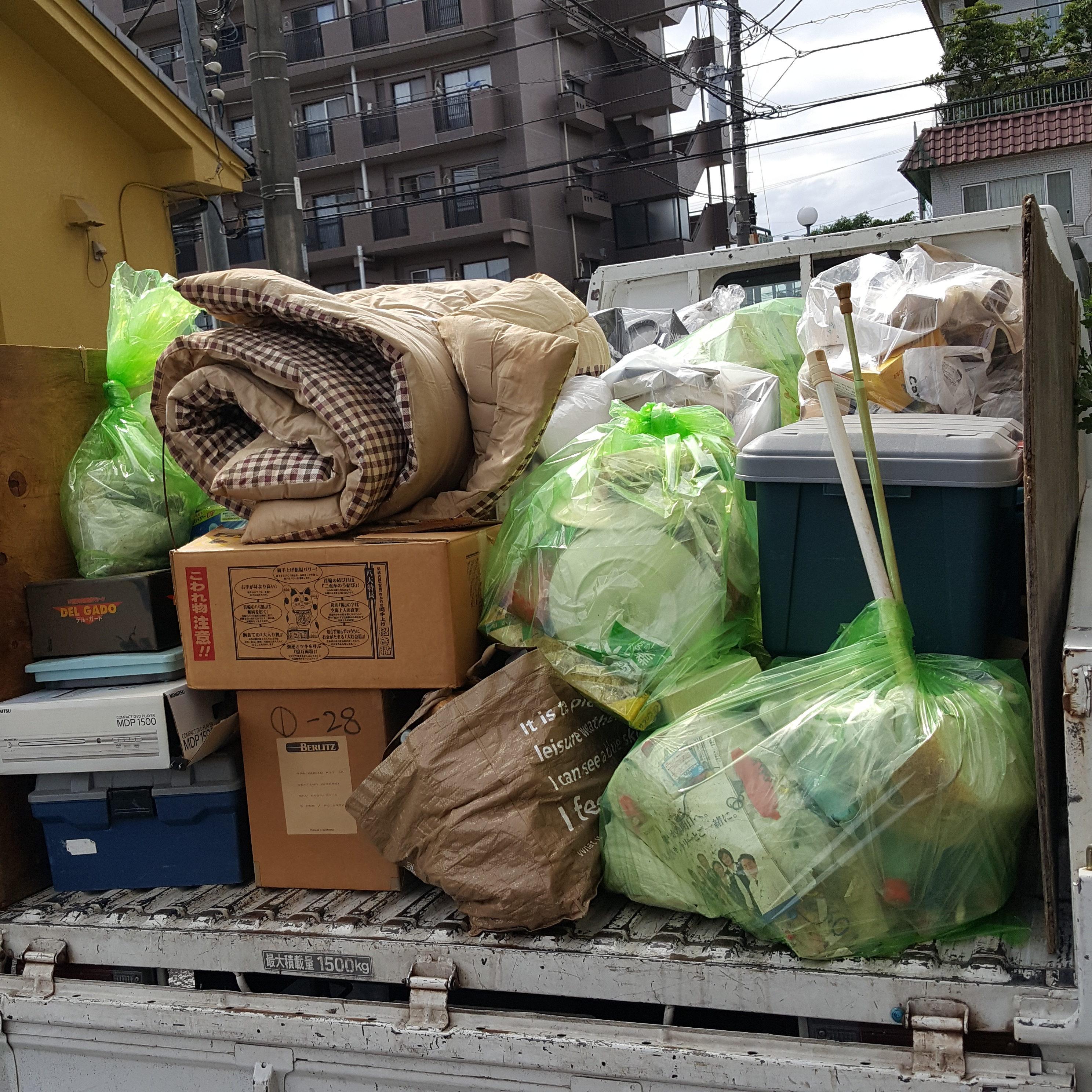 東京都西東京市 1K4階 階段  片付け・不要品回収