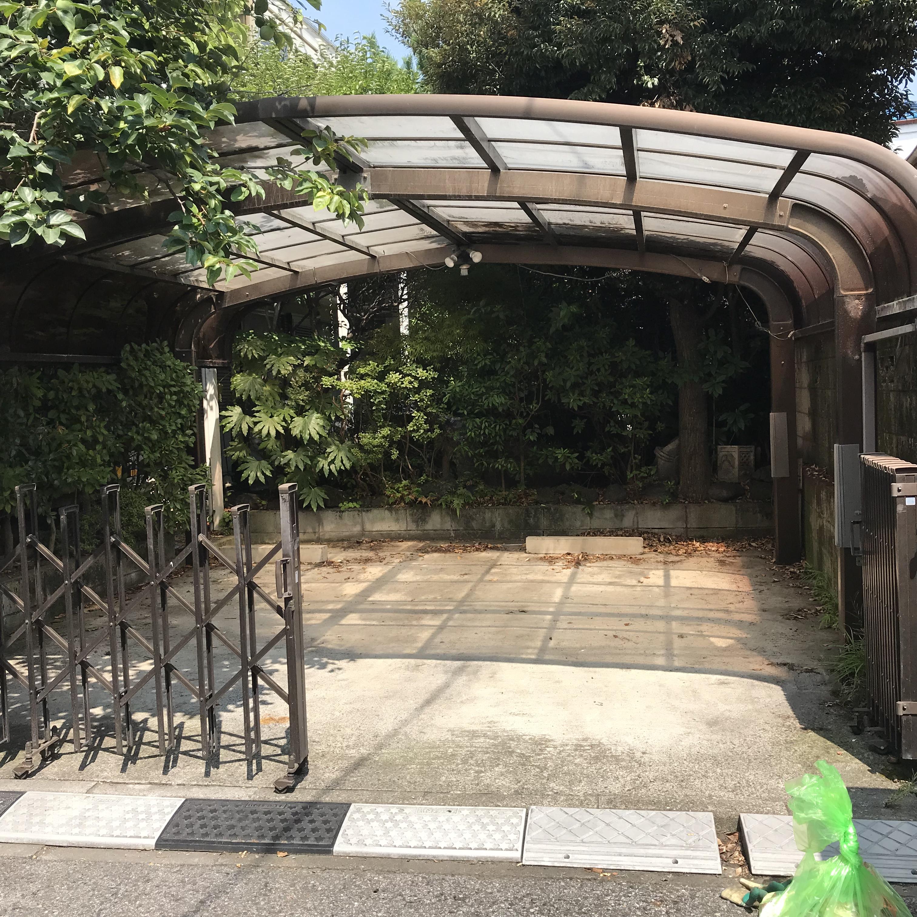 埼玉県新座市 一戸建ての家具、家電、不要品の片付けと回収