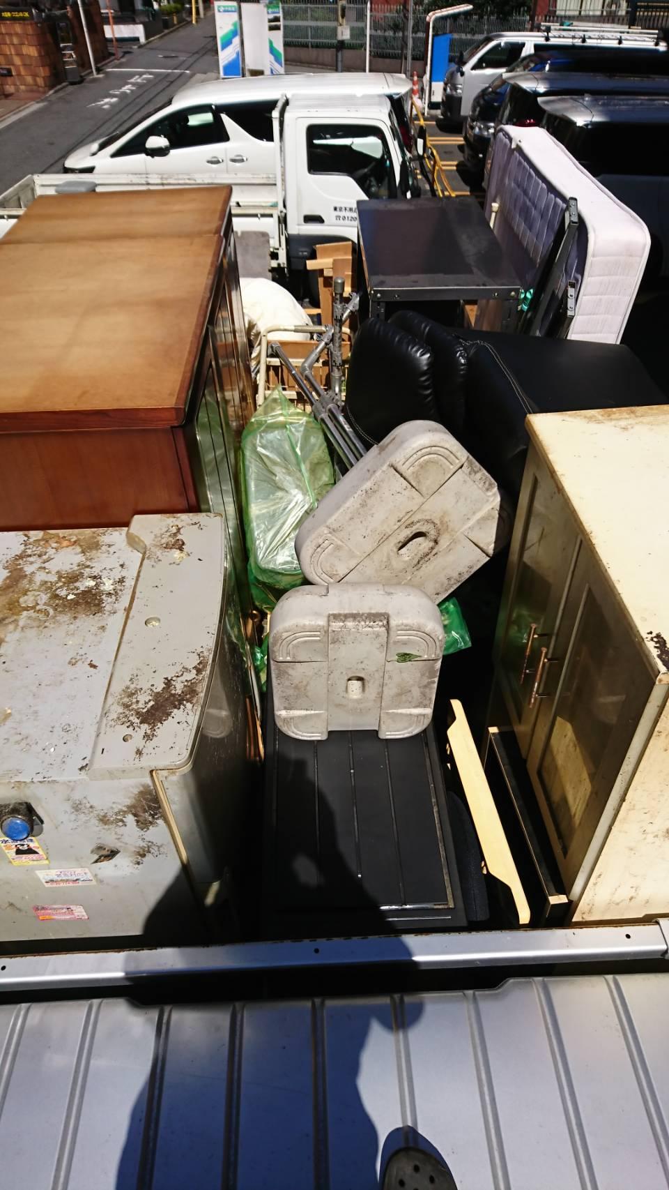 東京都新宿区  アパート2K不用品回収