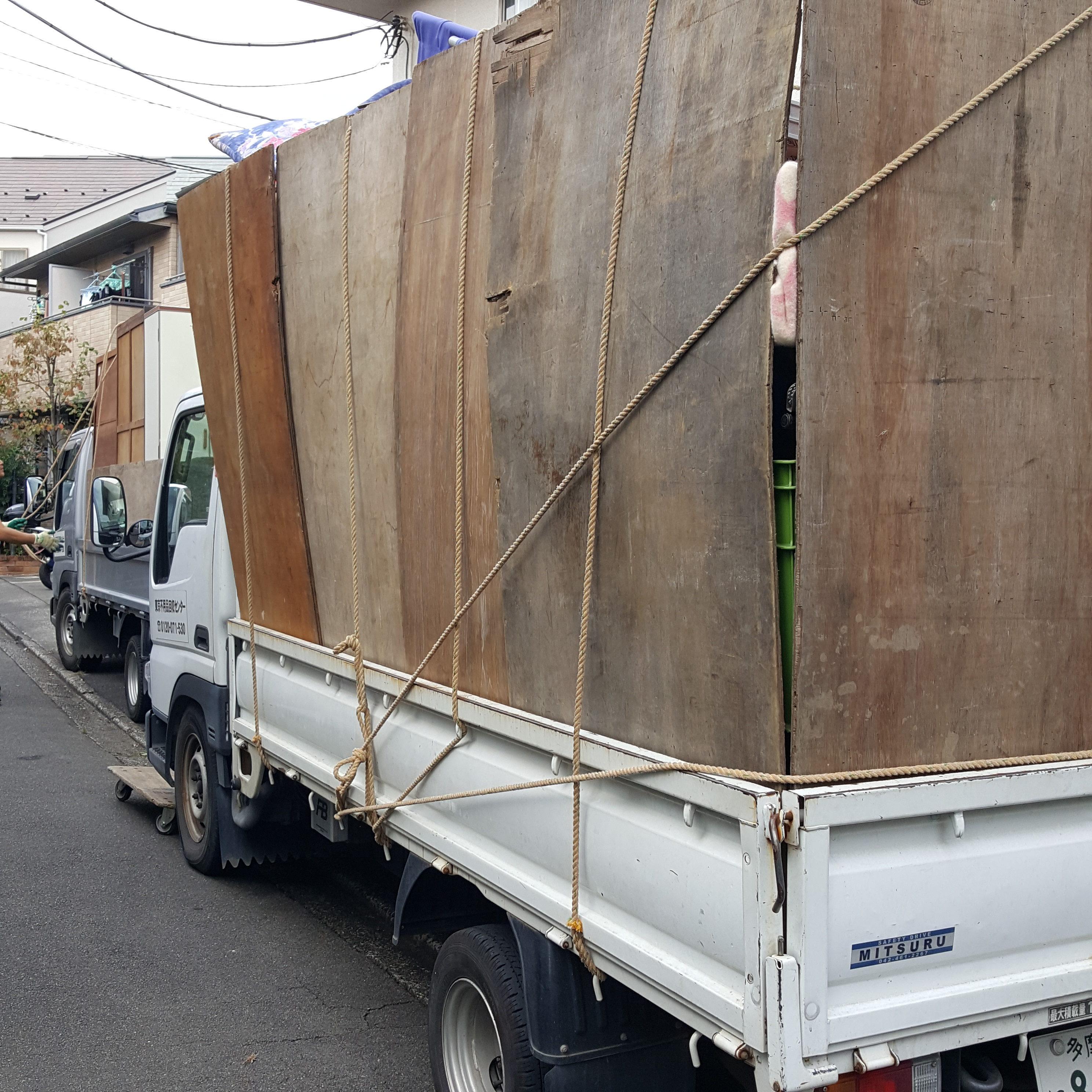 東京都小平市  2Kの全ての家具、家電、生活用品など回収と運搬
