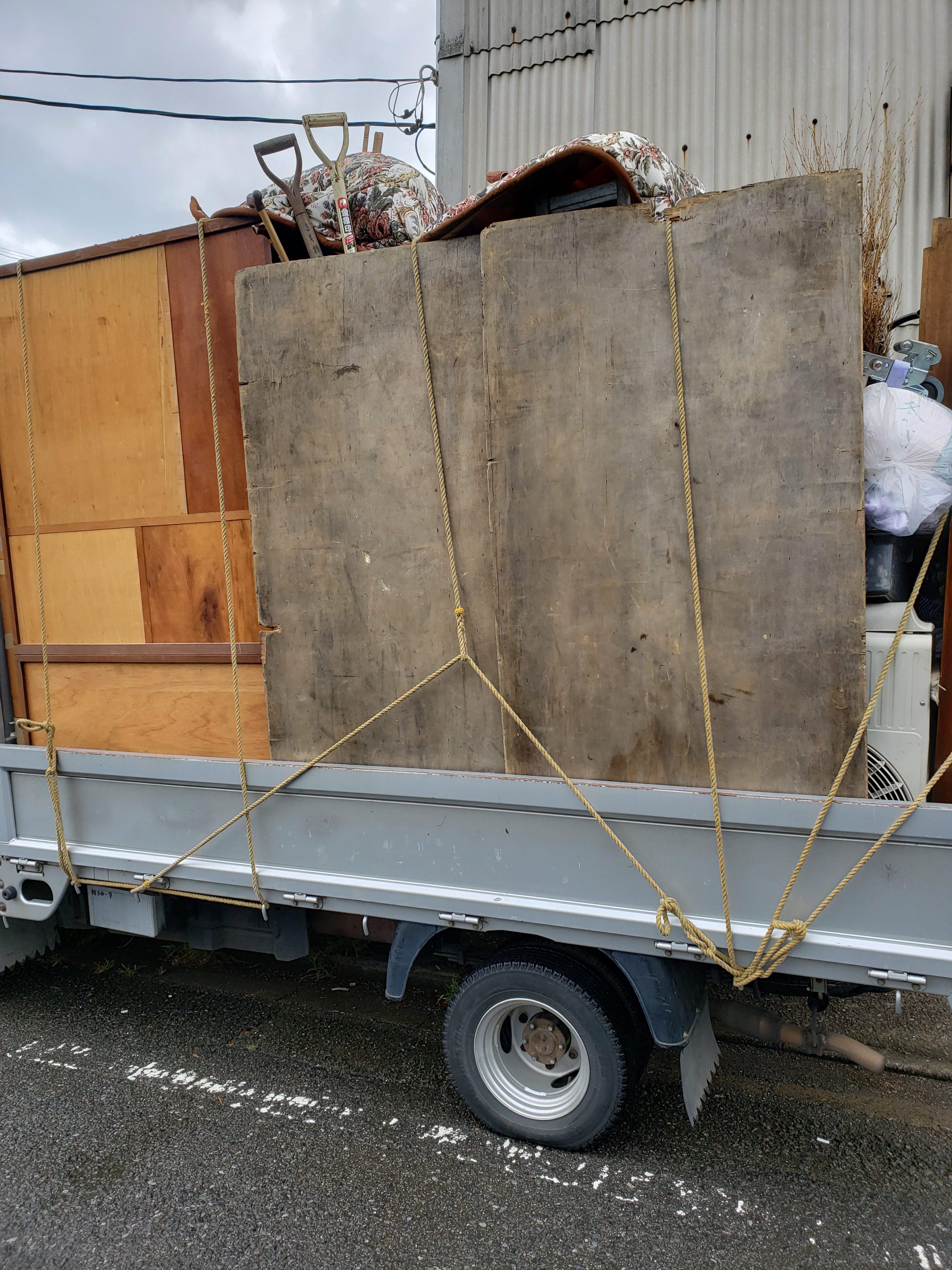 東京都東村山市 2DKの不用品回収と庭周りの不用品回収