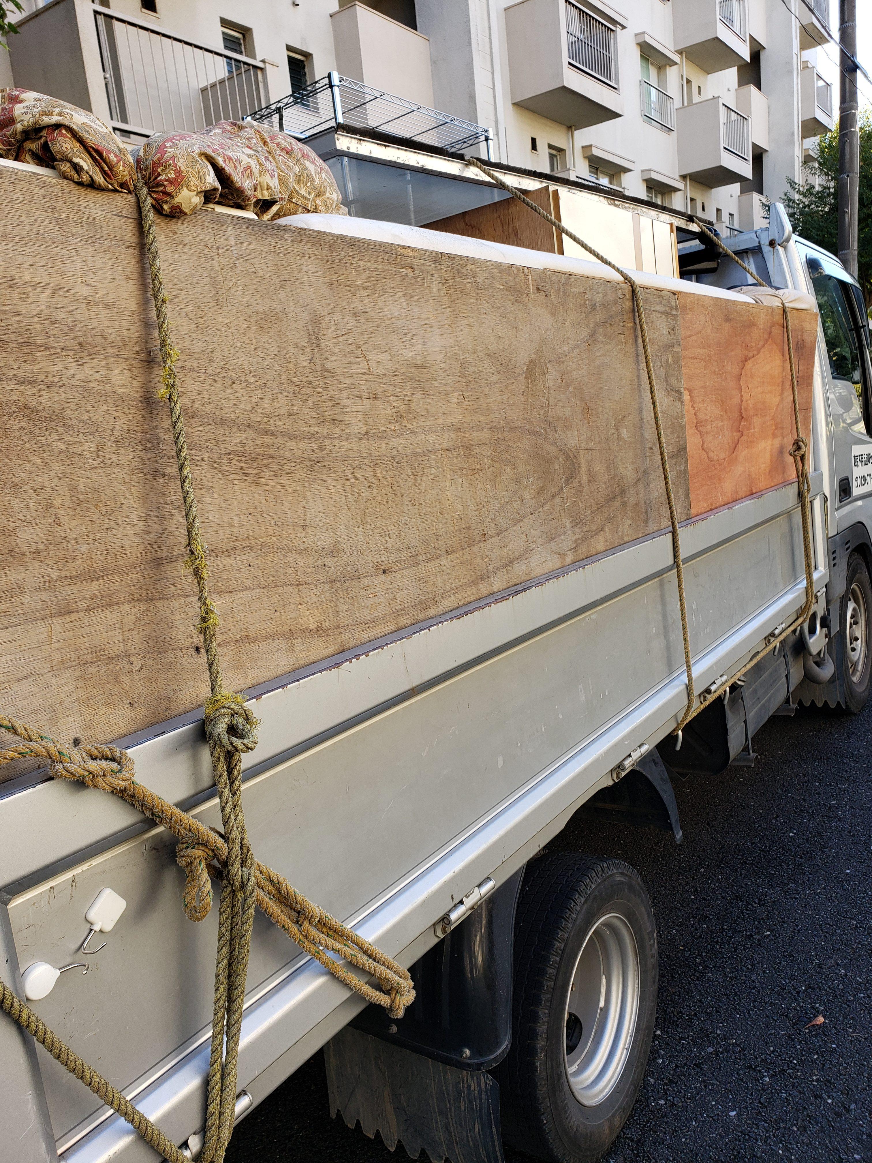 東京都八王子市 レンタルボックスの不用品回収