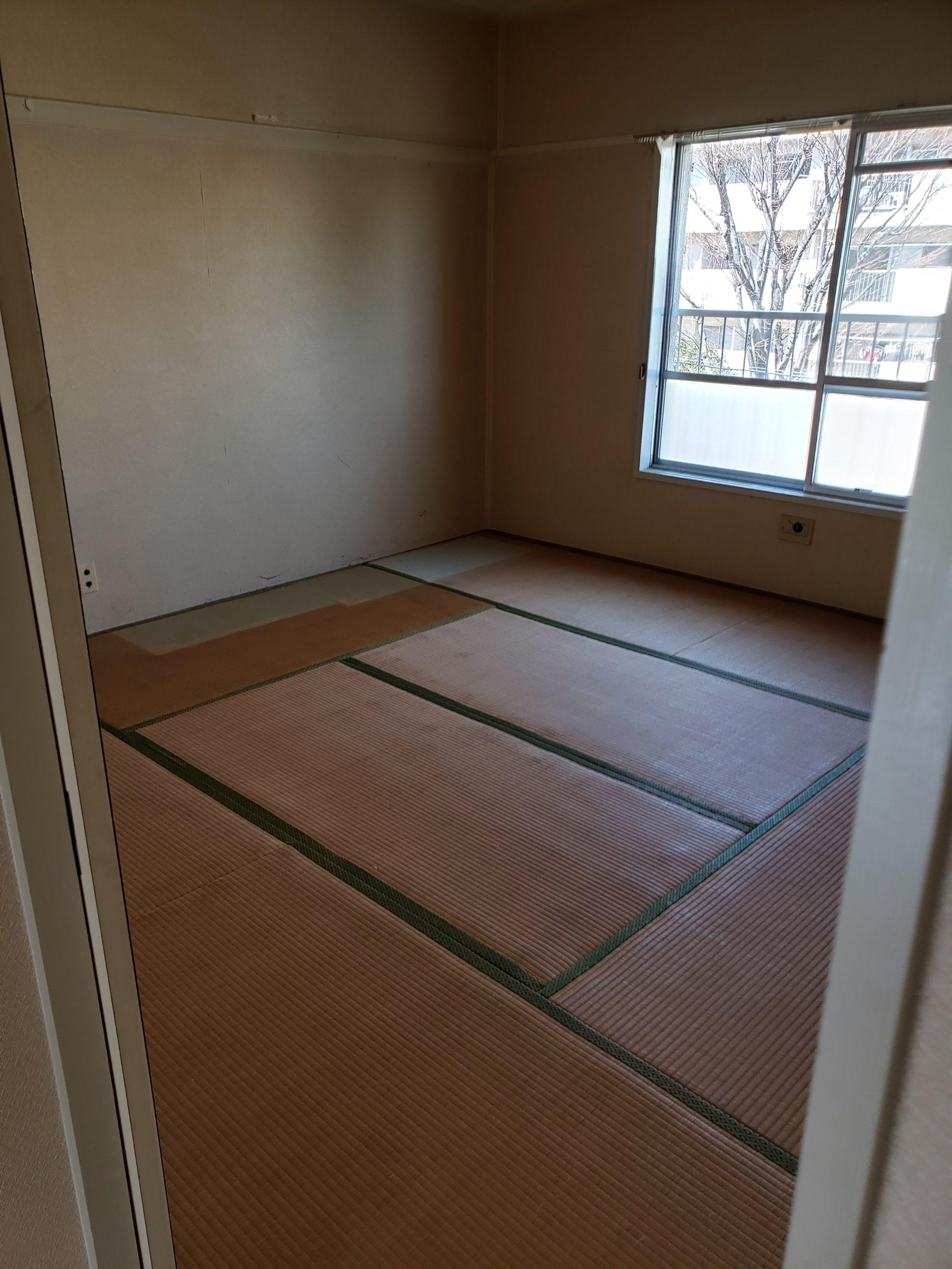 埼玉県所沢市 団地階段3階の不用品回収