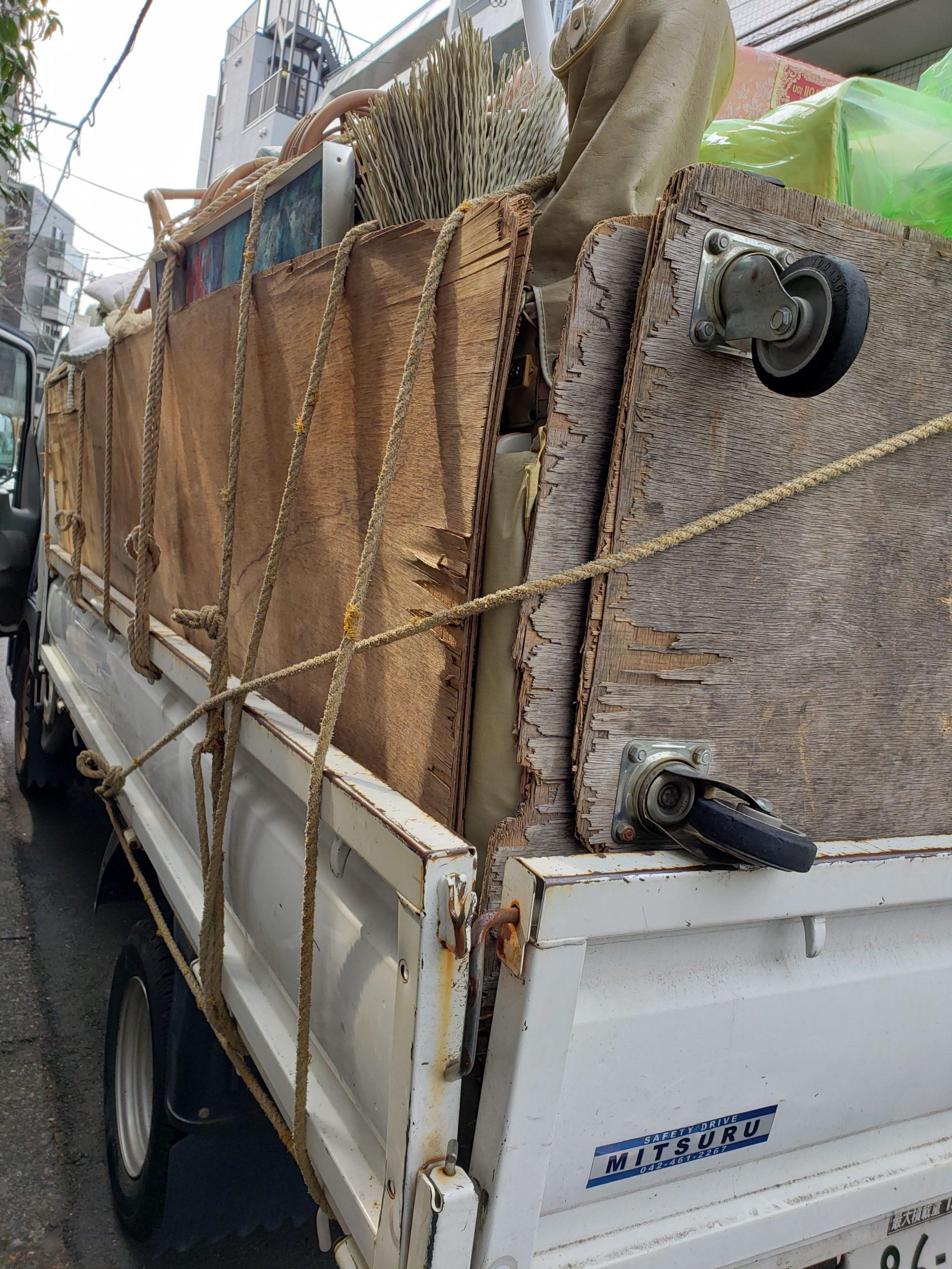 東京都八王子市 ゴミ屋敷片付けと回収