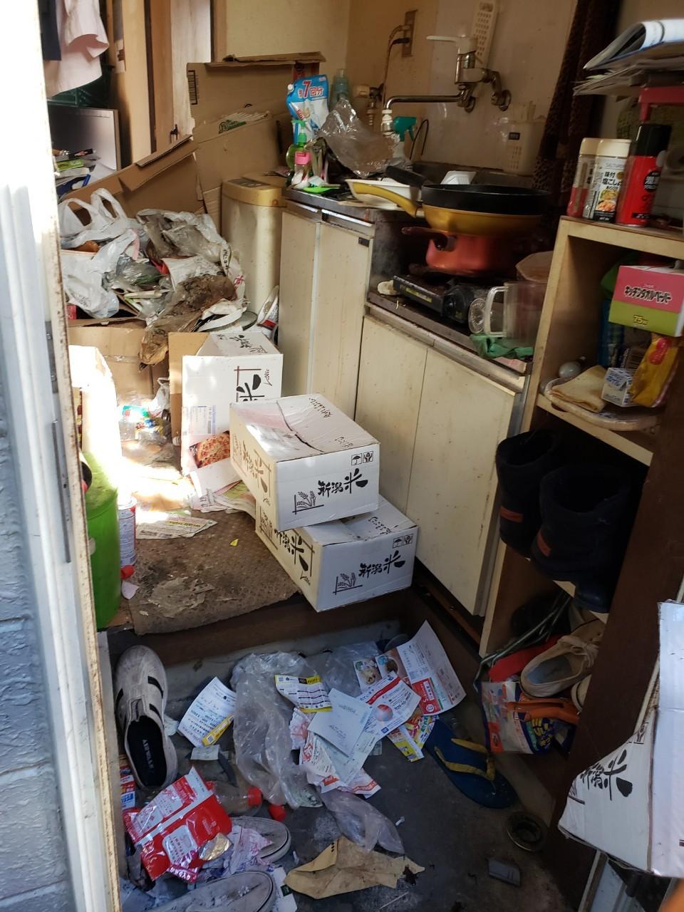 東京都杉並区  ゴミの片付けとゴミと不用品回収